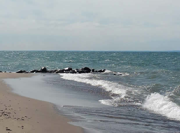 herbster-beach-on-lake-superior-in-herbster-wisconsin-4
