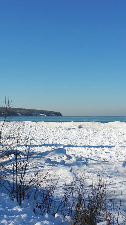 herbster-cottage-lake-superior-ice